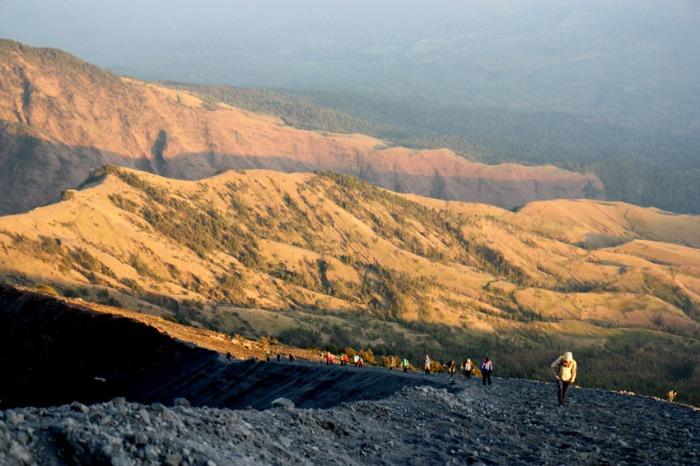 eclectic east rinjani climb