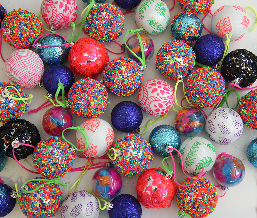 Diy eclectic east today we will show you how to make the beaded sequin and fabric baubles look out for tomorrows post on the easy peasy feather baubles balls solutioingenieria Gallery